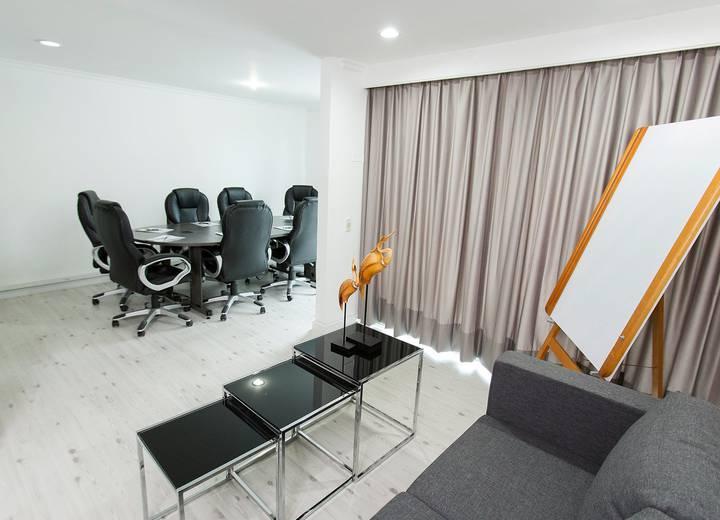 Hotel the morgana poblado suites en medell n web oficial for Gimnasio joan miro